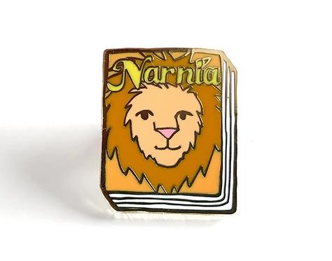 Book Pin: Narnia