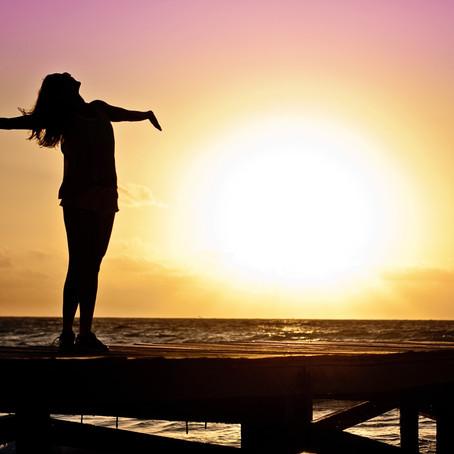 ¿Cómo aprender a estar bien? Una guía para comenzar el viaje de la sanación personal.