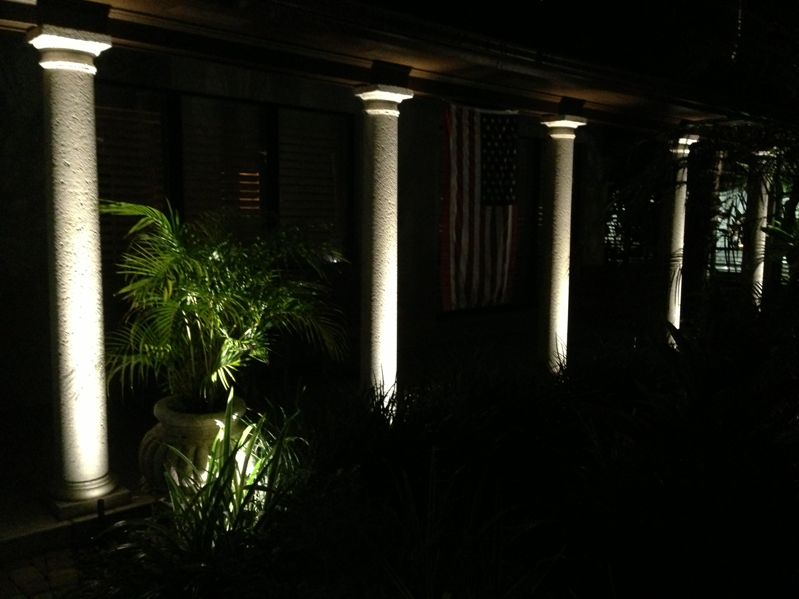 LED Exterior column lighting