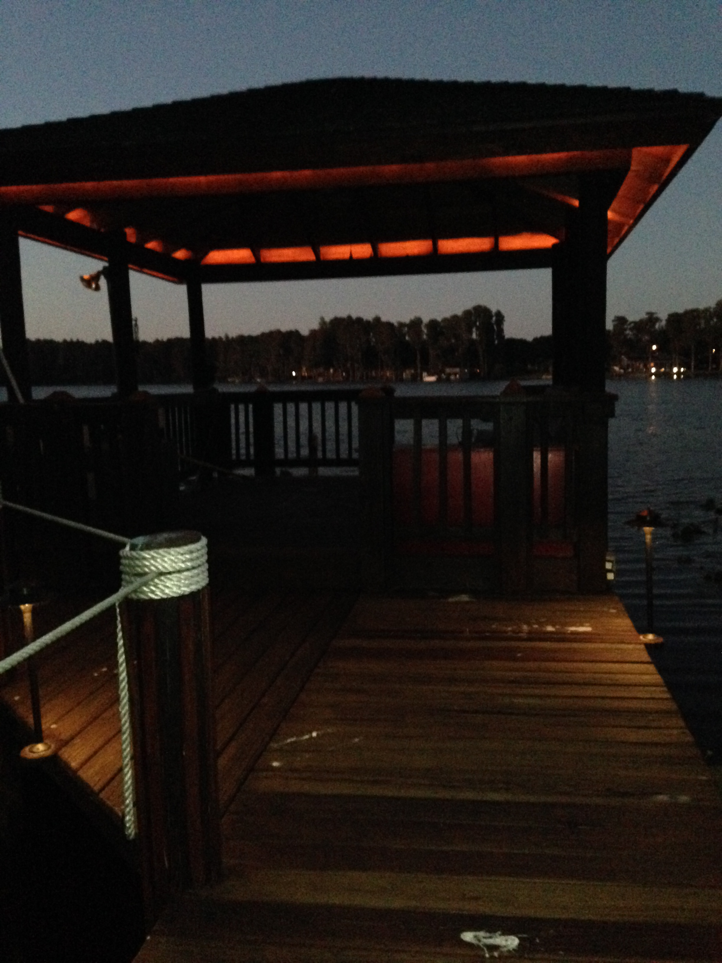 Boat dock lighting