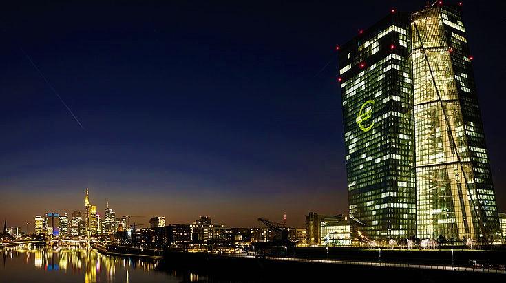 """,,CoronaVirus"""" EZB vergibt 1,35 Billionen an Kredite für Banken + Minuszins"""