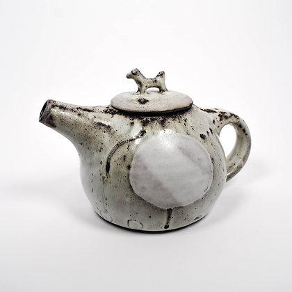 sunlight and fog horse teapot