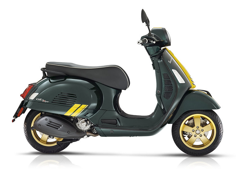 Vespa GTS Racing Sixties 300