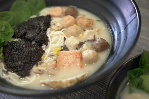 Fish Noodles 魚線麺