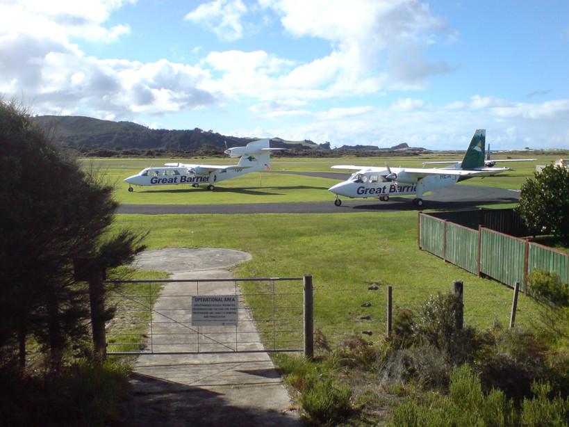 Aircraft at Great BArrier Island Aerodro