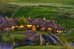 Hobbiton Movie set tour. Tauranga Shore Excursion.