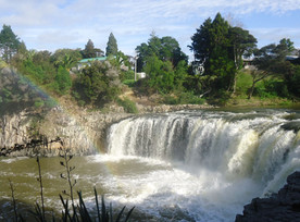 Harurua Falls Paihia.jpg