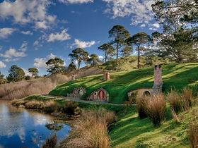 Hobbiton and Hobbit Holes.jpg