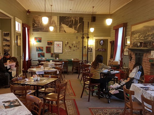 Wakini Staion cafe interior.jpg