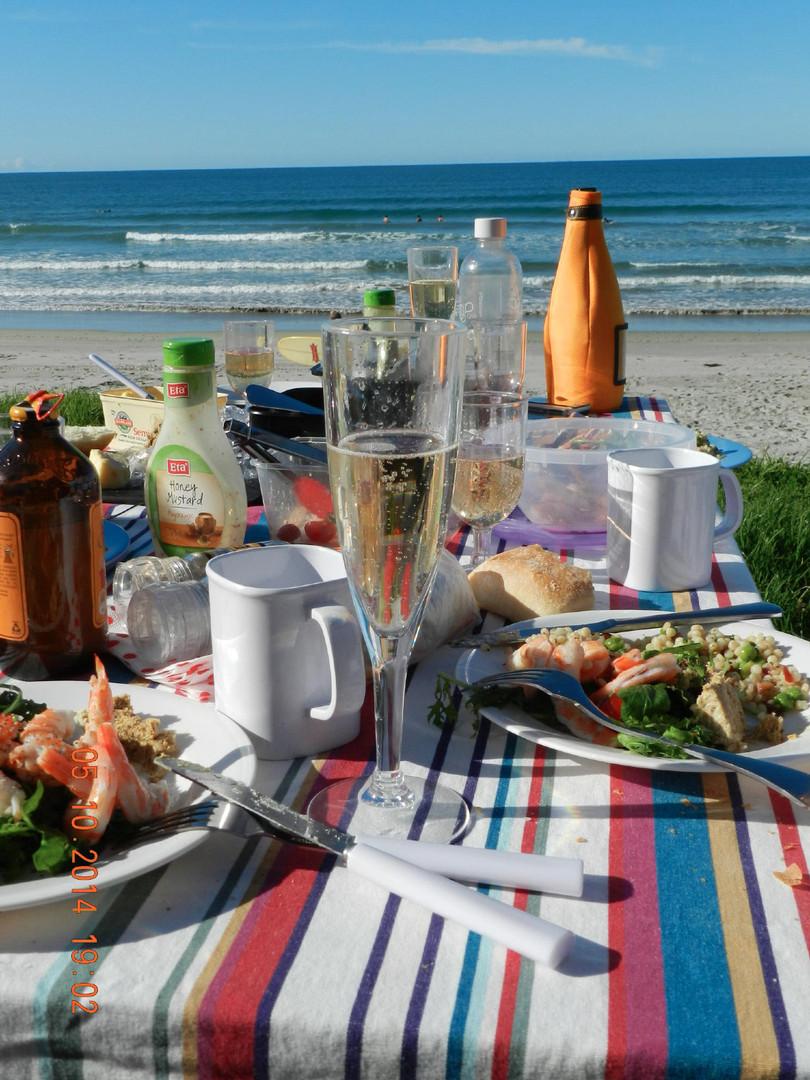 Beachside picnic