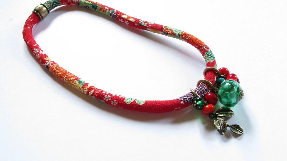 Collier Japon rouge orangé