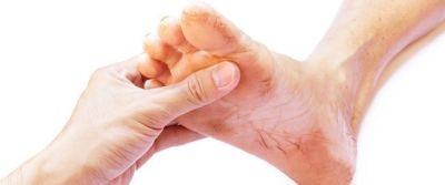 تورم القدم اليسرى - تعرف على أهم المعلومات