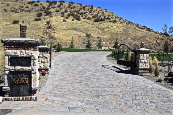 Five reasons people in Idaho prefer pavers for driveways and patios