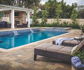 SRA_FONTANA_RES_BEL2015_Patios_Pools_Cat