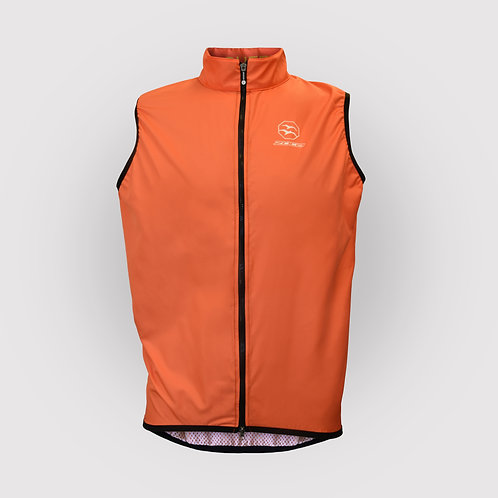 LIGHTWEIGHT MEN VEST ORANGE Sweat. Suffer. Win.