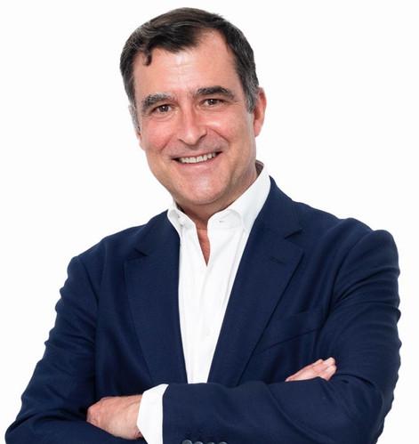 Dr. Javier Fernández-Vega
