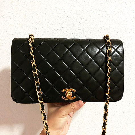 Say you'll never let me go. Shop away with us on our Carousell page _welovechanel.jpg