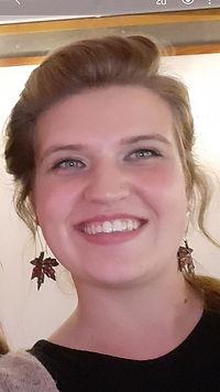 Anita Professional Picture 2021.jpg