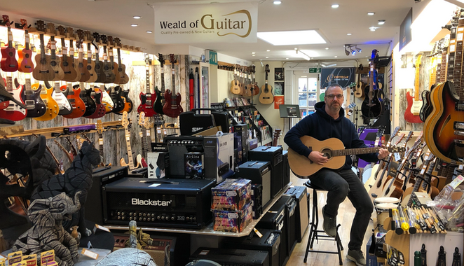 Steve at Weald of Guitar