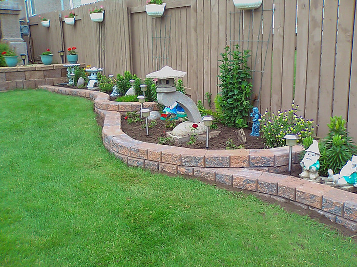 Retaining Wall Garden Beds