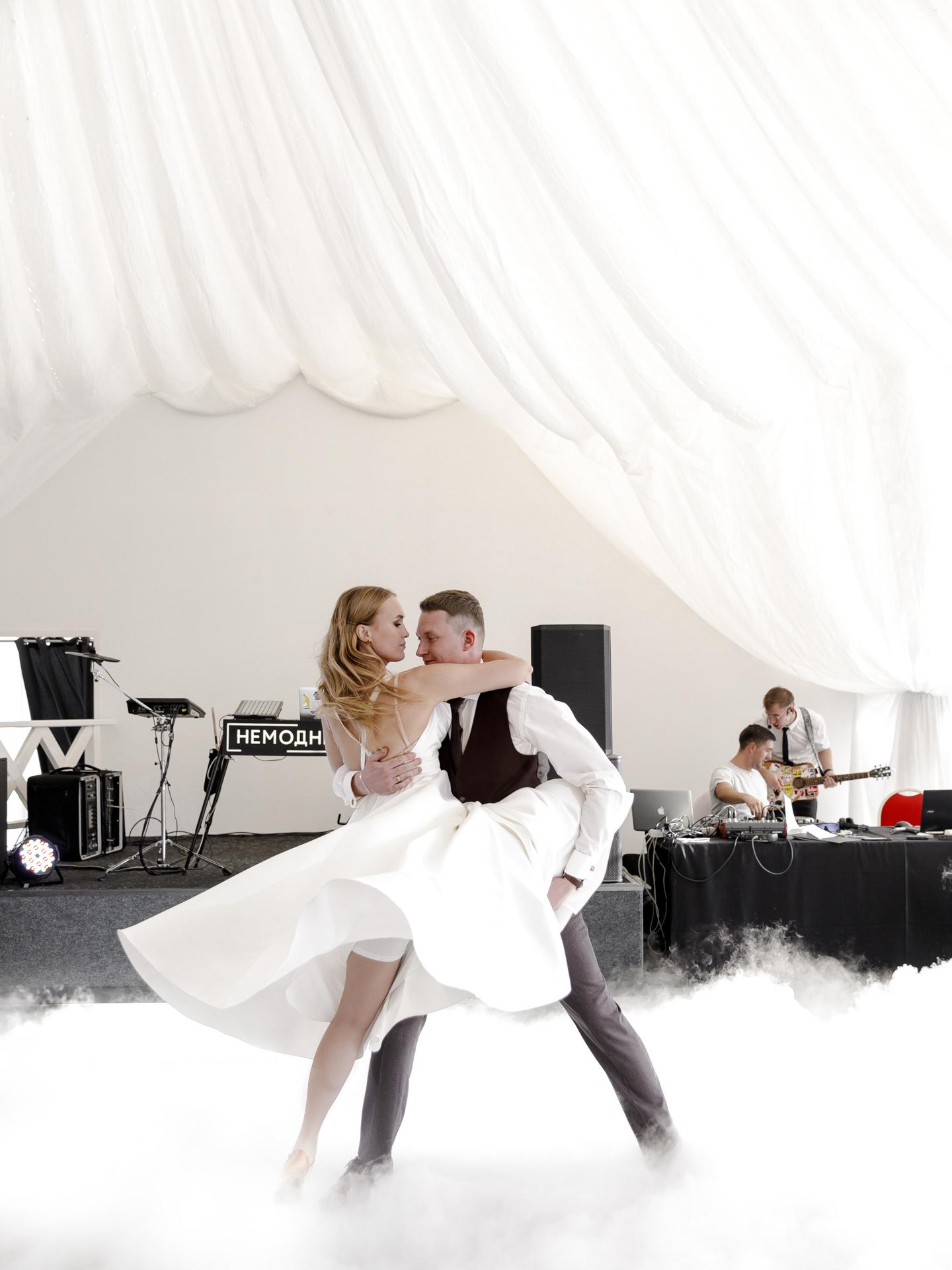 wedding572.jpg
