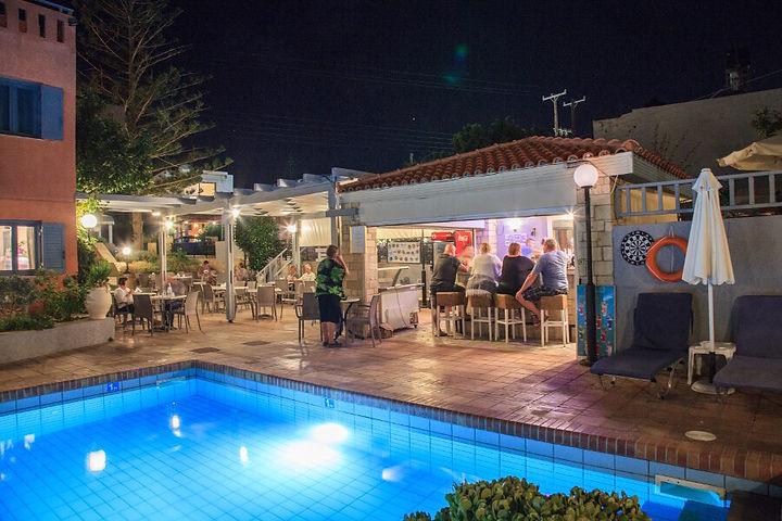 nShotels-Marilisa-hotel-pool-.jpg