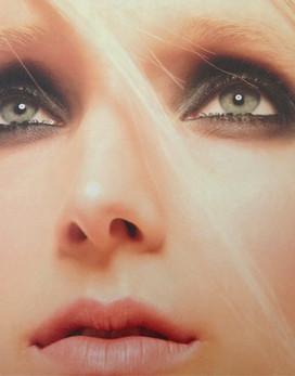 L'Officielbeauty, makeup