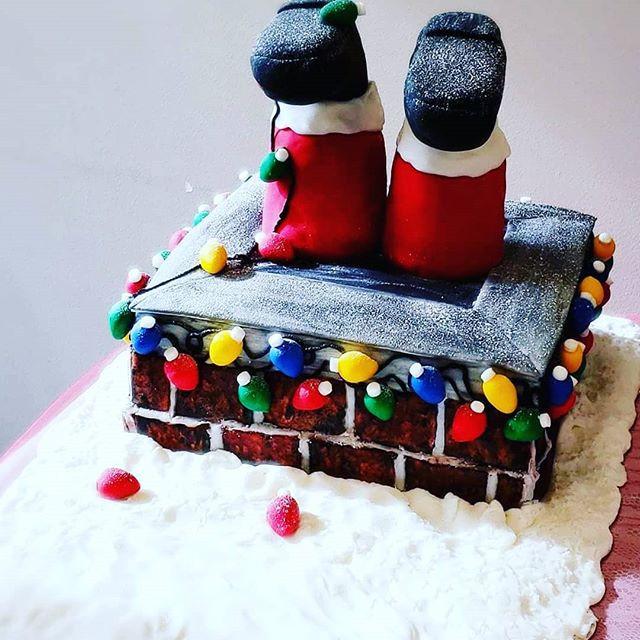 Santa's stuck Cake