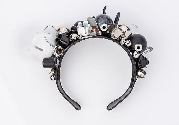 urban statement silver head accesories