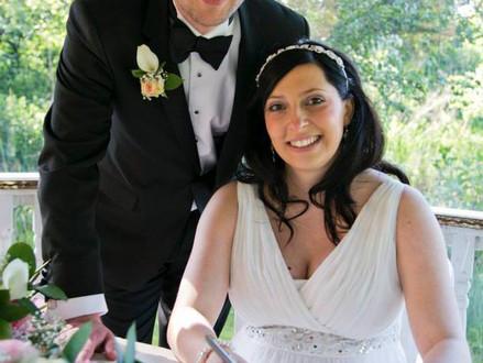 Sweet Shotgun Wedding at Minstrel Court, Royston