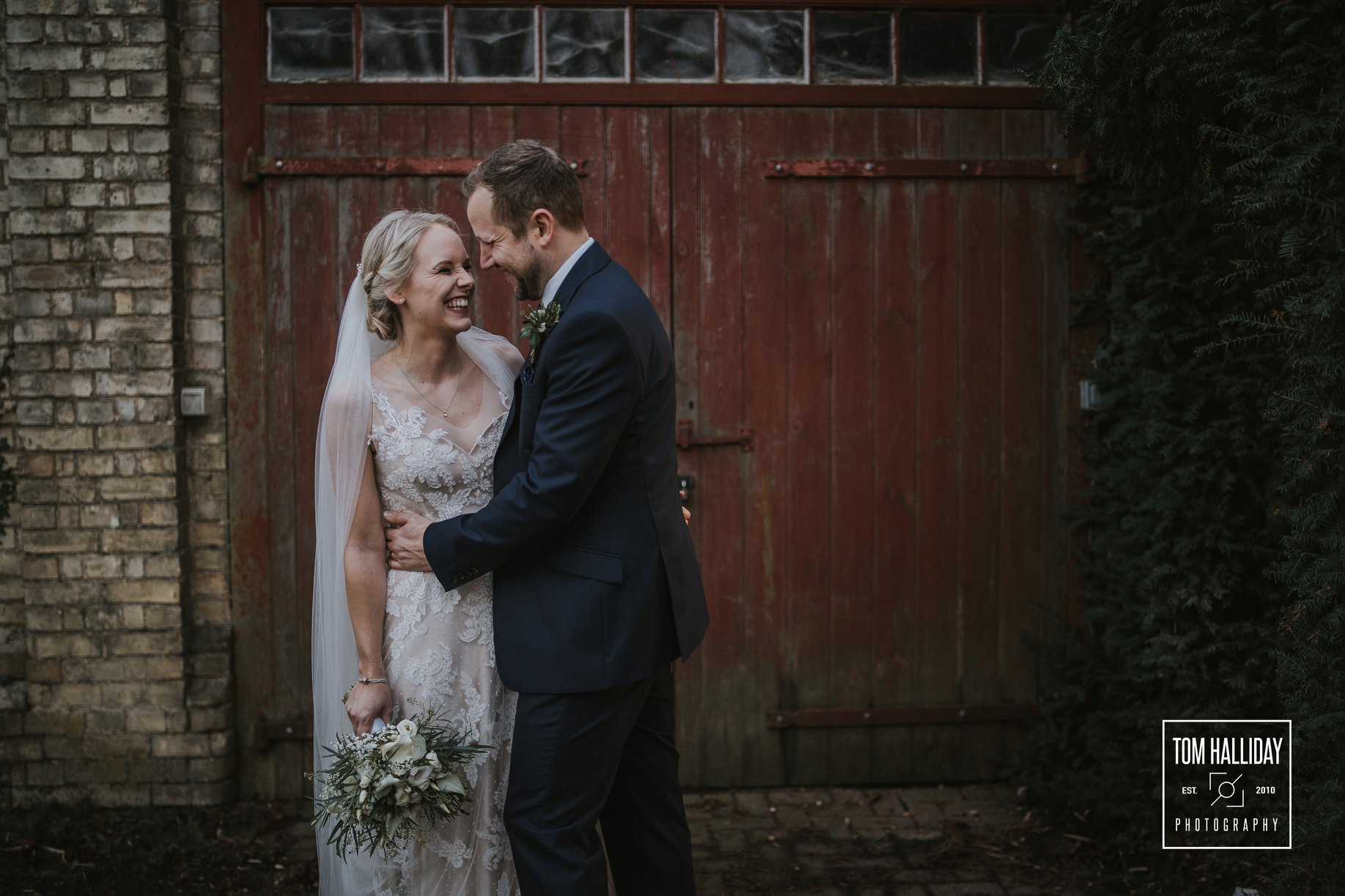 South farm wedding with Tom Halliday Pho