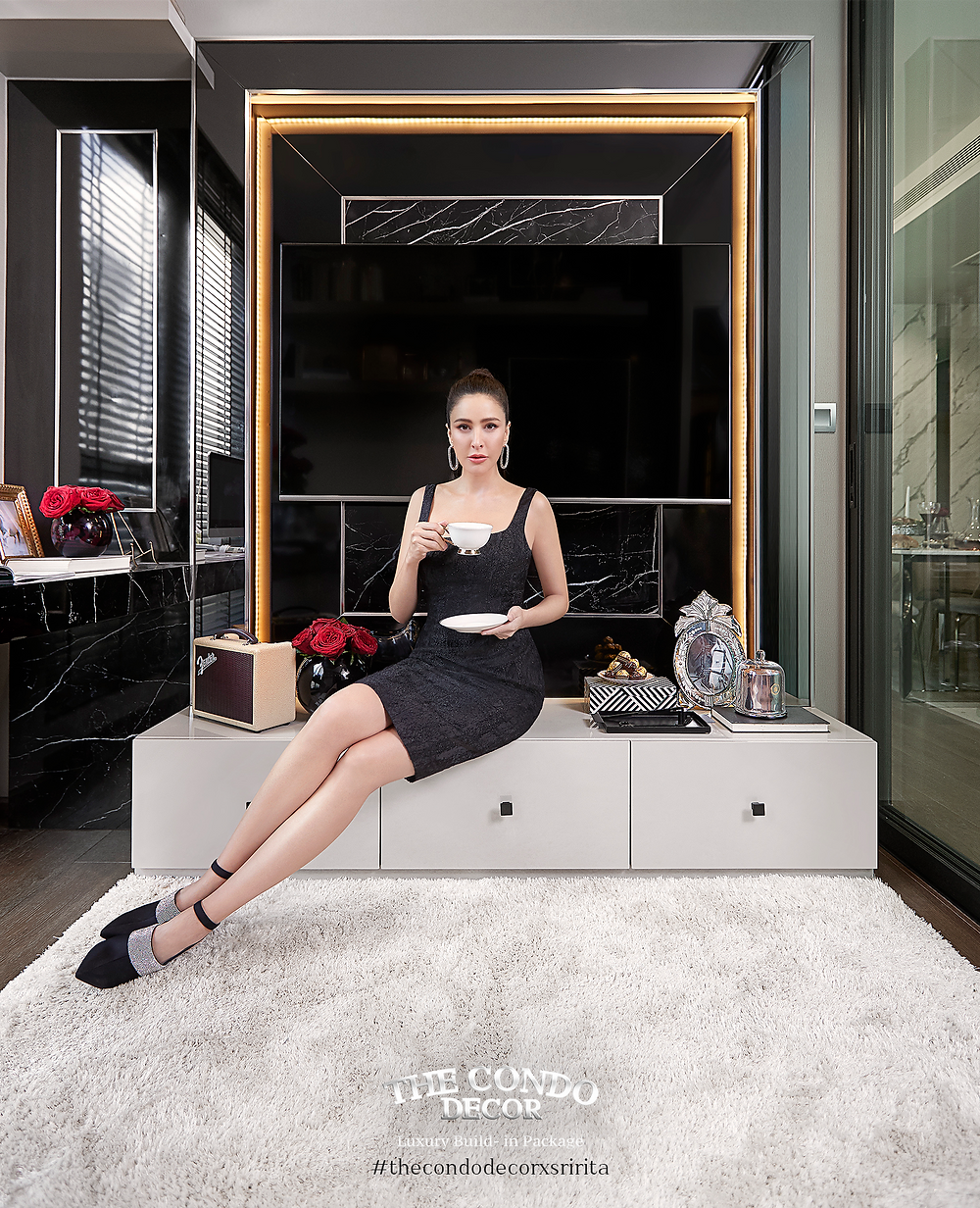 """อยู่คอนโดไลฟ์สไตล์สวยๆแบบ """"คุณศรีริต้า เจนเซ่น"""" อีกขั้นของการตกแต่งคอนโดมิเนียมเพื่อการอยู่อาศัยยกระดับ Lifestyle กับแพ็กเกจตกแต่งภายในคอนโด Modern Luxury Design จาก """"CARRARA Collection""""  THE CONDO DECOR"""