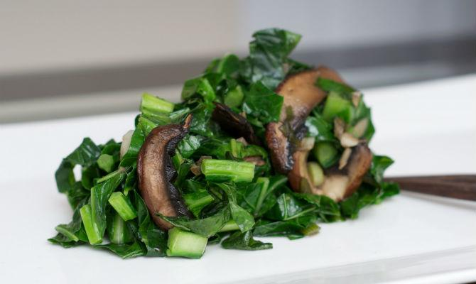 2  collards_with_mushrooms_FEATURED_SW_O