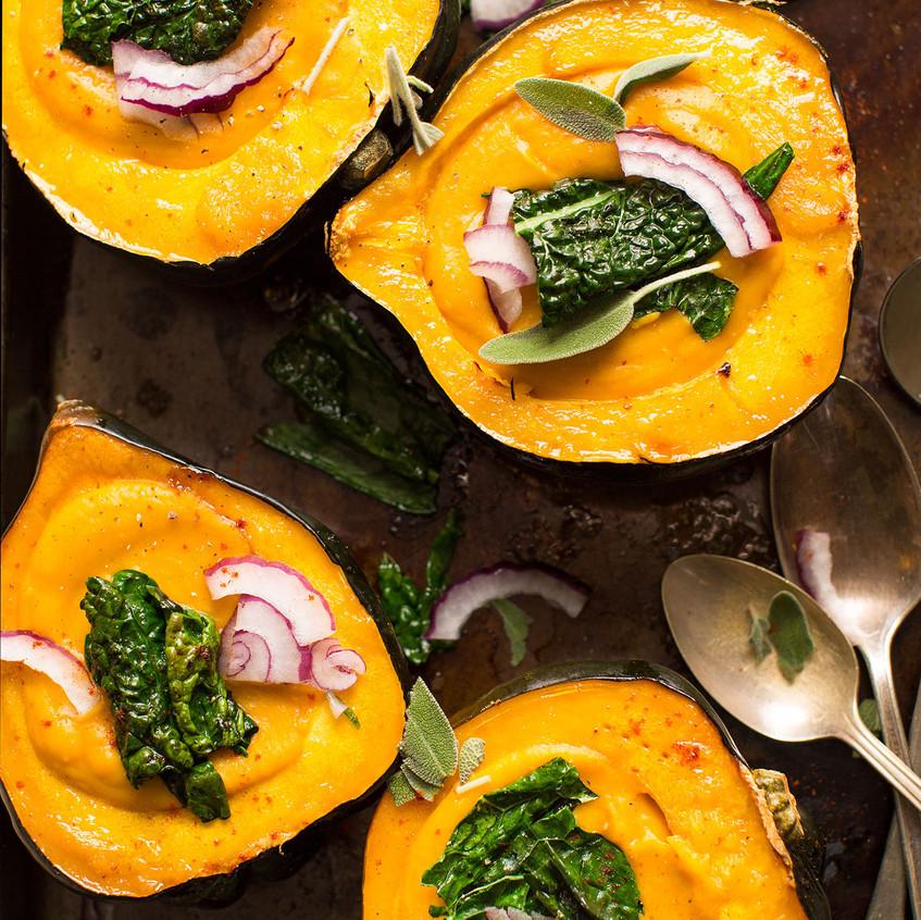 7  AMAZING-Squash-Soup-in-Acorn-Squash-B