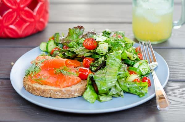 lettuce-tomato-cucumber-salad-recipe-10.