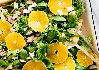 2  Orange and arugula salad