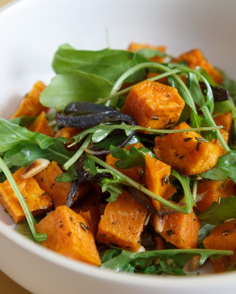 9 best-roasted-sweet-potatoes-red-onions