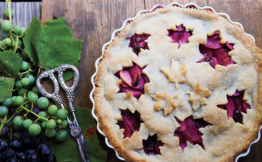 2  grape-and-apple-pie