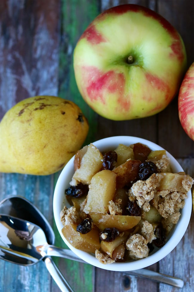 2  apple-pear-cobbler-vegan-and-paleo-1.