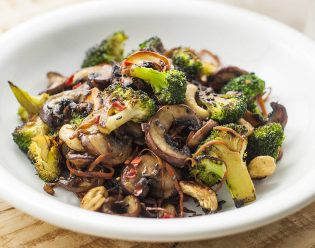 2  Broccoli-and-Mushroom-Stir-Fry-Vegan-