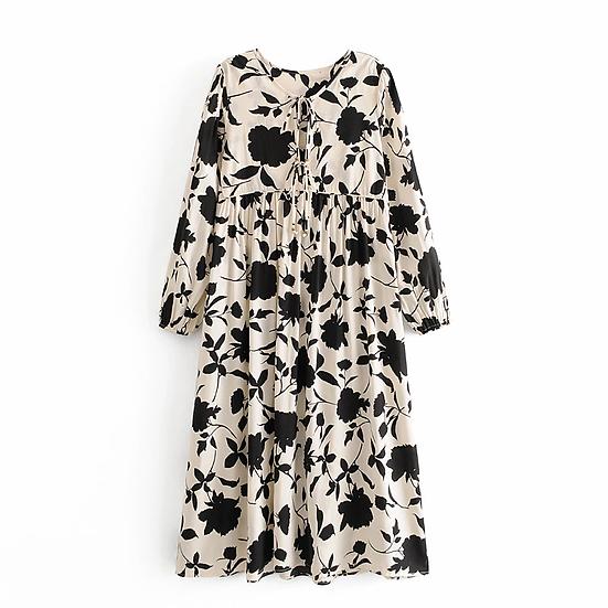 Black and White Floral Print  V-Neck Maxi Dress