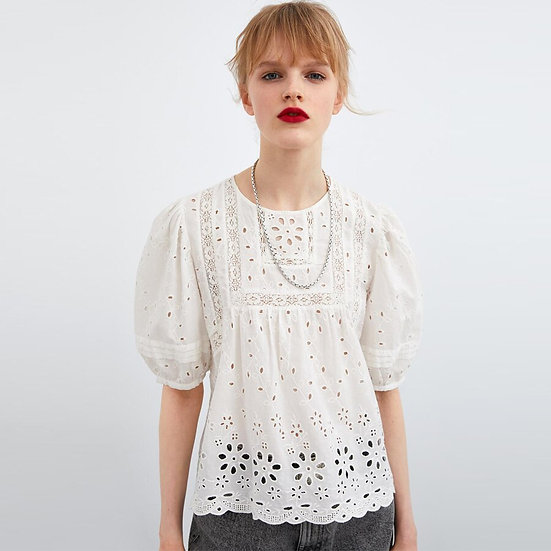 White Floral Embroidery Vintage Blouse