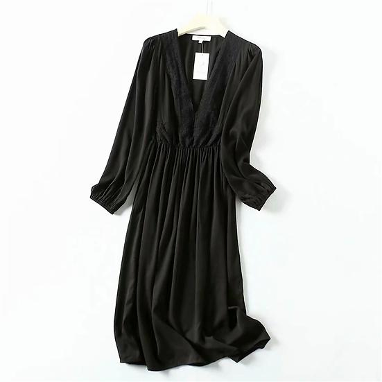 Long Sleeve V-neck elastic waist black Midi dress