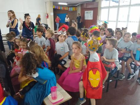Un Purim festivo en nuestra primaria