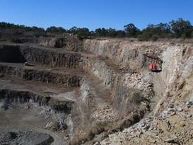 Moodlu quarry drilling0007.JPG