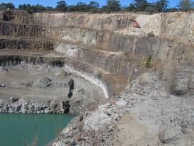 Moodlu quarry drilling0010.JPG