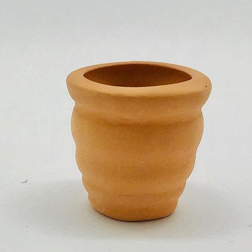 Pot de fleurs ondulé