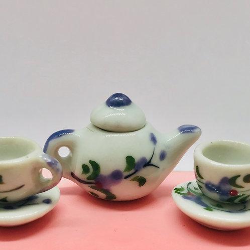 Service à thé miniature, maison de poupée