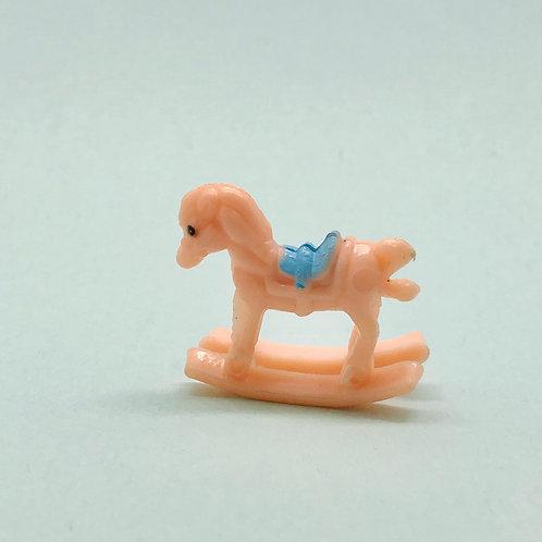 Petit cheval à bascule miniature, maison de poupée