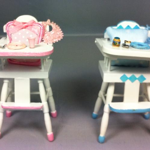 Chaise haute bébé 1/12, maison de poupée